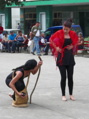 tn_507-street-theatre-act-2