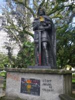 tn_84 Bloody sword at Parque Espania