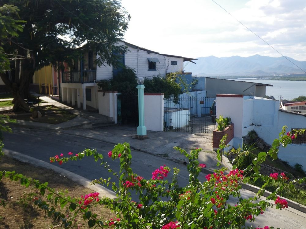 tn_29-House-where-fidel-lived