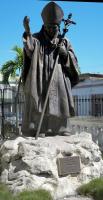 tn_542-Statue-of-Pope-Paul