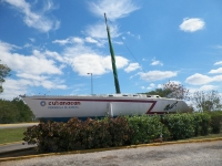 tn_731 Bus stop attraction Cuba